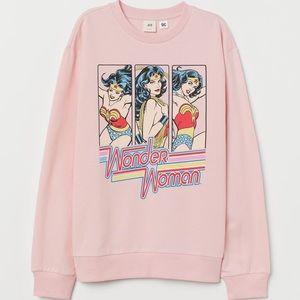 H&M pink Wonder Woman sweatshirt DC Comics large